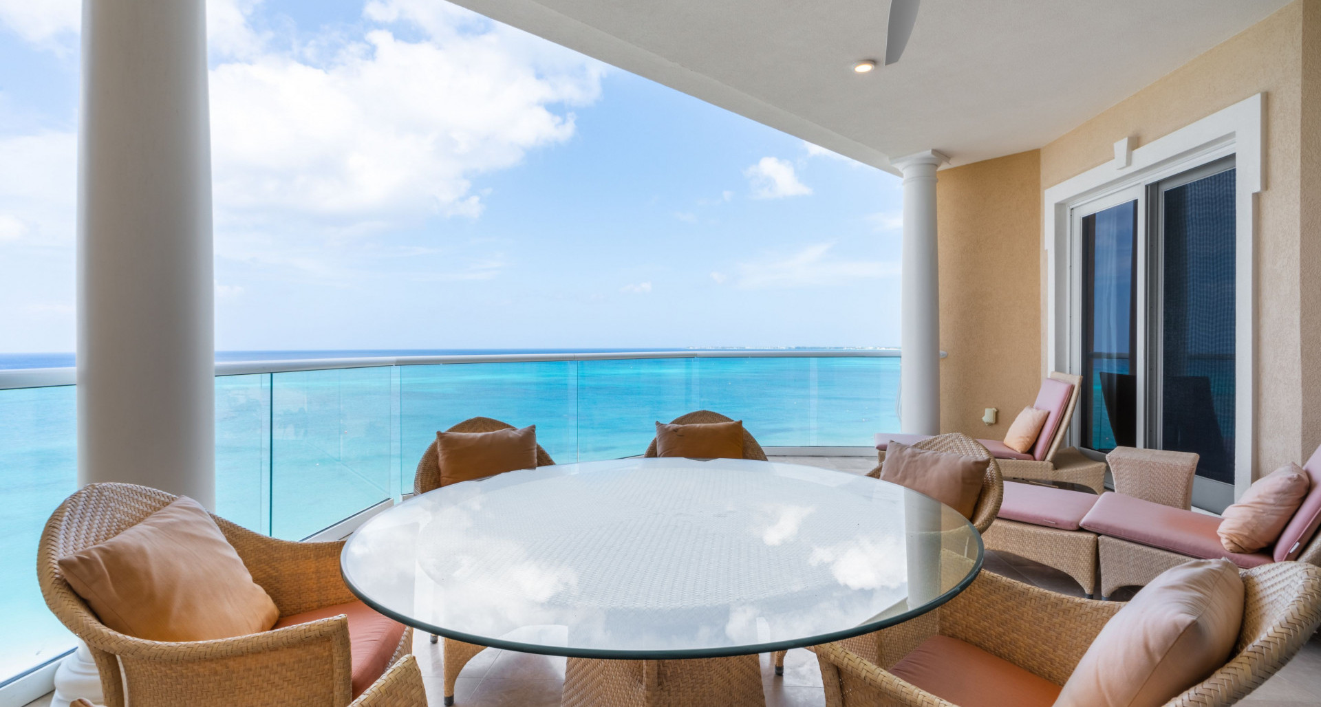RE/MAX real estate, Cayman Islands, W Bay Bch South, Freehold - Water's Edge is in t